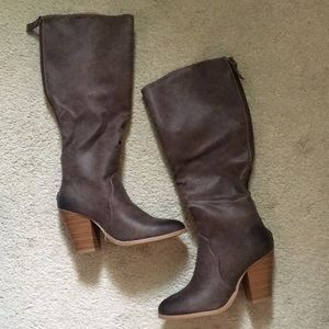 JustFab brown heel boots size 7